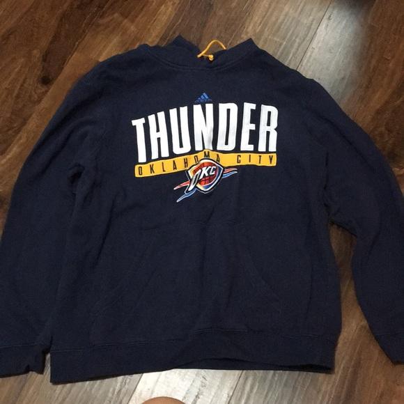 timeless design 8a379 4b35f Oklahoma City Thunder Sweatshirt‼️